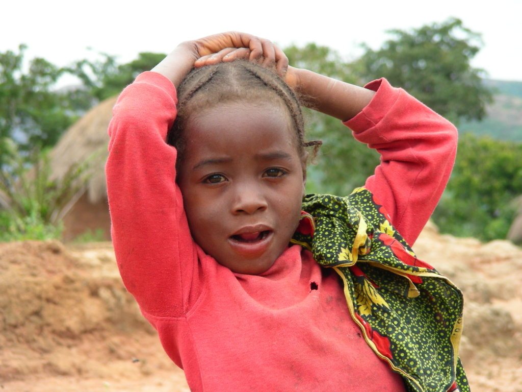 Help fund a classroom for kids in rural Angola