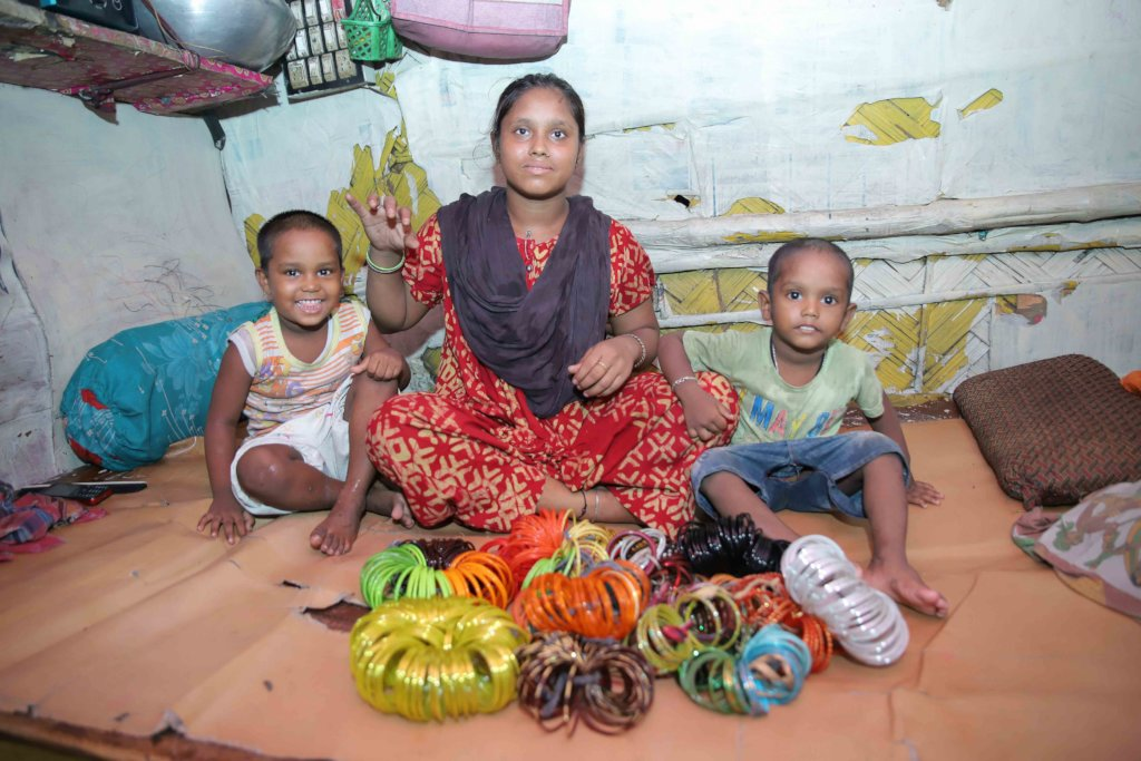Alternative livelihoods for 500 ragpicker families