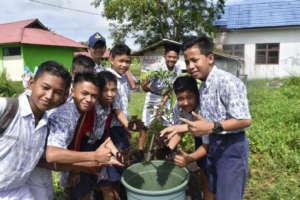 Students from SMPN 13 Palangka Raya
