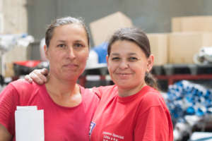 2 disadvantaged workers love upcycling!