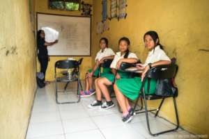Junior high students in Jatituhu school