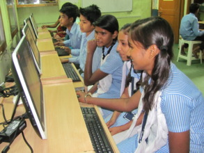 Children learning digitally