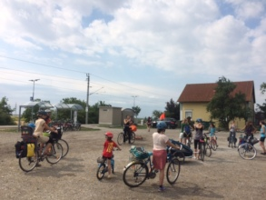 Fun on the bike with kinderhaende!