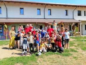 Local staff, Volunteers and Children