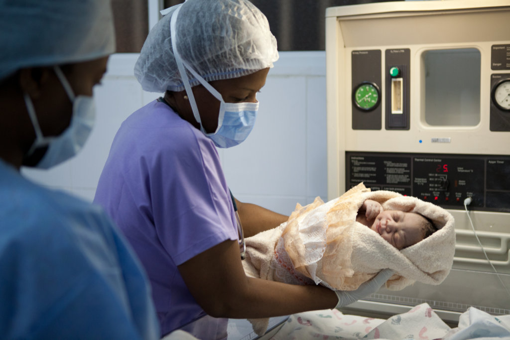 Run a Maternity and Neonatal Unit in Haiti