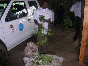 ASAP's David Nyakatowa prepares for rural delivery