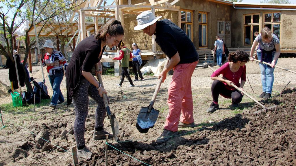 Build an environmental training center in Moldova