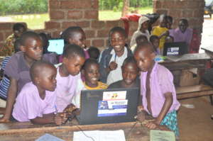 Kibiribiri student teams working on their project