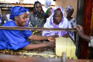 Soap-making at the Moussou Kalanso women's group