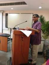Dr.Arun Gupta addressing the participants