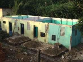 Construction of pillar support for walls