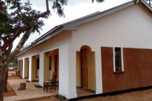 New accommodation for teachers at Kisimenyi