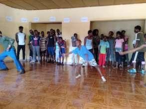 MindLeaps Guinea Dance Class
