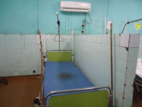 Bed in a public hospital in Mali