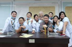 Nurses working with their instructor