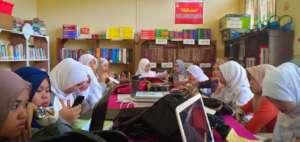 Nursing students working in AAI sponsored Library