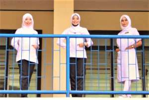 Student nurses arriving at Sulu State College