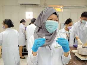 AAI Scholar attending Nursing School