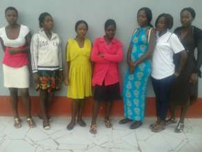 A new set of teen moMSs tracked by FAWEZI @school