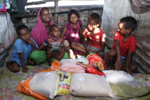 Widow Parveen (27) and her hungry children