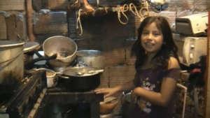 Estufas for Displaced families
