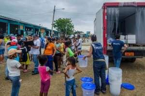 Emergency response team in Pedernales