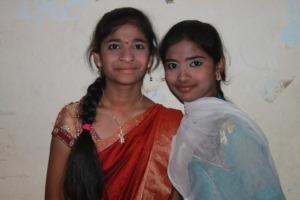 happy girls - M and P