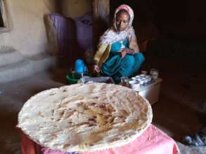 Ambasha bread baked in the mogogo