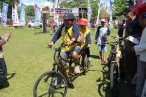 Visitors tried out EBBB tandem bike at IVCA 2018