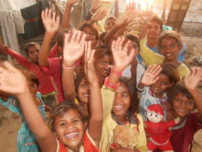Support for food & Toys to 25 Slum Children