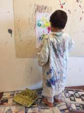 A small boy in the Horizon Art Therapy Program