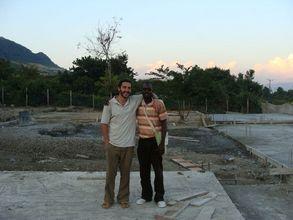 Chas Salmen on the Ekialo Kiona Center site
