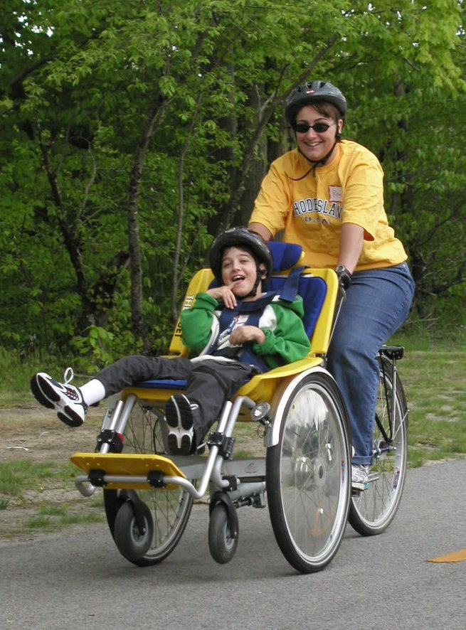 A Wheelchair Bicycle Tandem for Aksi