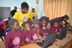2019 starts with 20 donated computers to the girls