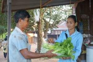 Hong Chak Selling Vegetable