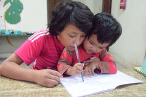Newly welcome hope girl-  learning with sister