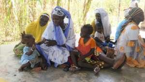 Women and children in Nefrelaye
