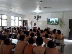 1st Lesson SDN 3 Lembongan