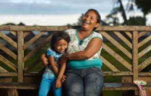 Maijuna Mother and Daughter