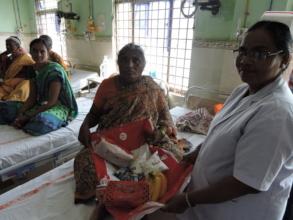 Poor patients in hospital getting nutritious diet