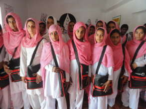 Young Girls of Vocational Centers (AWARD PAKISTAN)