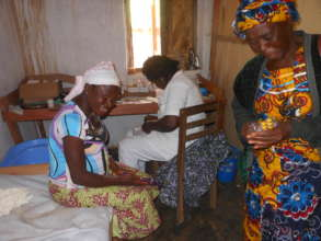 Midwife Lambe Consults Expecting Mother @ Ngemsibo