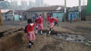 Children in Korogocho going to school