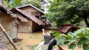 Flooding in Ee Htu Hta