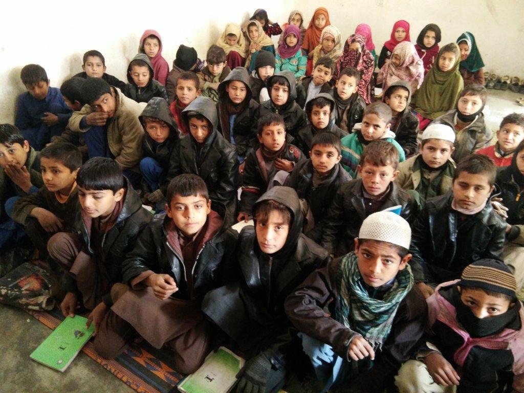 Help 429 children go to school in Afghanistan