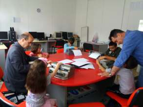 The children attending the Braille lessons