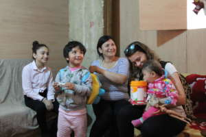 Provide meals for Syrian and Lebanese refugees