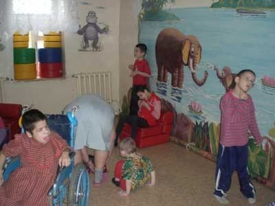 Creating playroom for disabled children in Yelatma