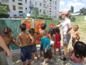 Activity with the Mobile School