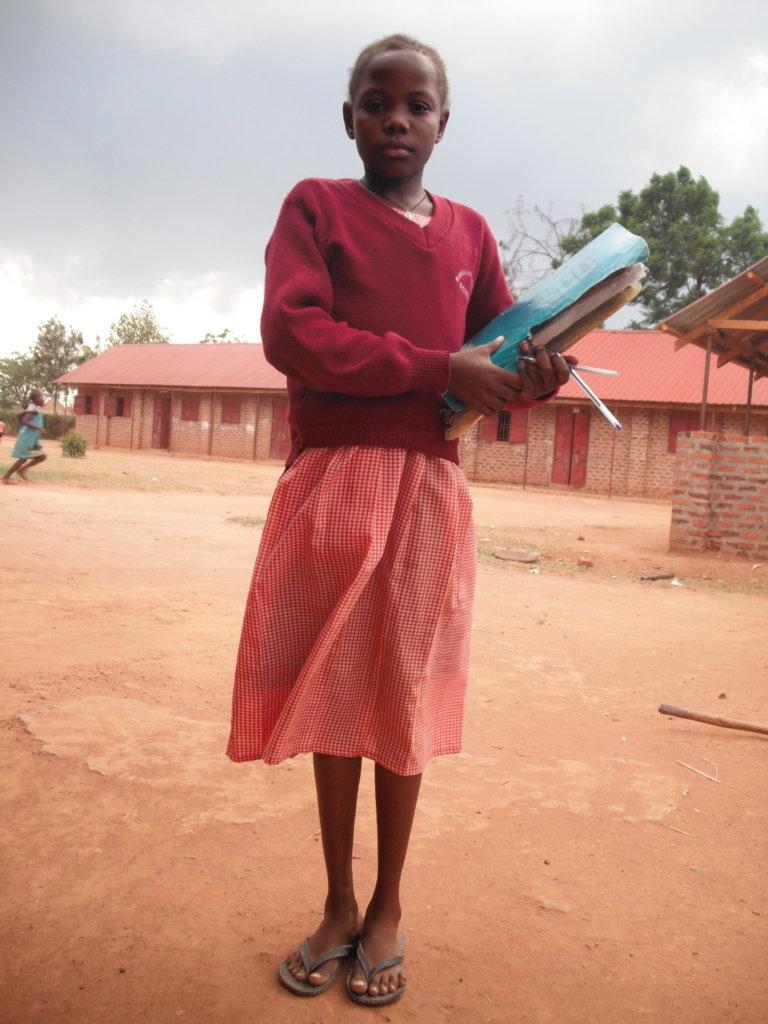 Give Doreen A School Sponsor & a Mask-fight COVID